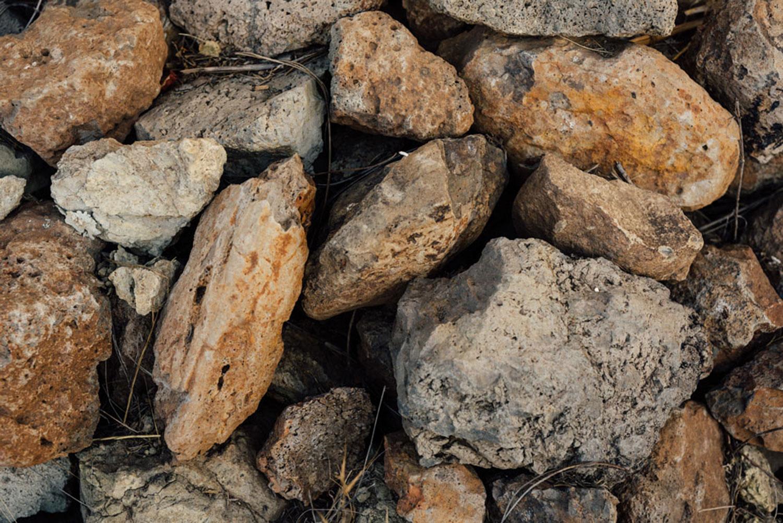 Detail of the soil and rocks at the Linda Falls Vineyard
